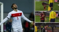 فيديو: لاعب تركي يُقبل خبزاً قذفته الجماهير إلى الملعب