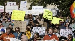 الولايات المتحدة: تهديد جمعية بقطع التمويل لمحاولتها توطين لاجئين سوريين