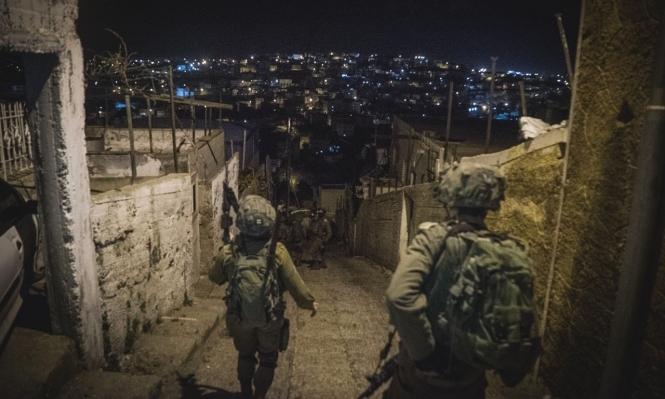 الاحتلال يعتقل 11 فلسطينيا في الضفة