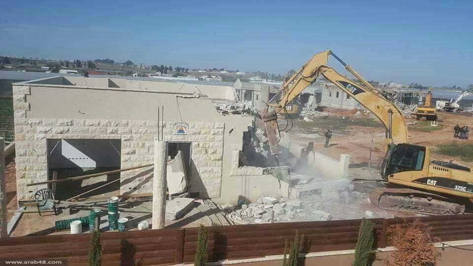 قلنسوة: هدم 9 منازل واستقالة رئيس البلدية