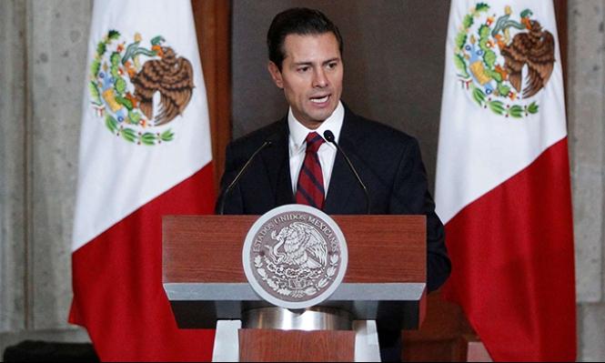 المكسيك تنفي نيتها تمويل بناء جدار ترامب
