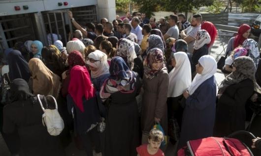 الاحتلال يمدد منع لم الشمل منذ 15 عاما