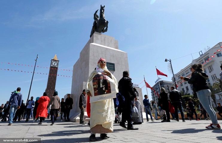 جدل في تونس: كلفة العلم أم رمزيته؟