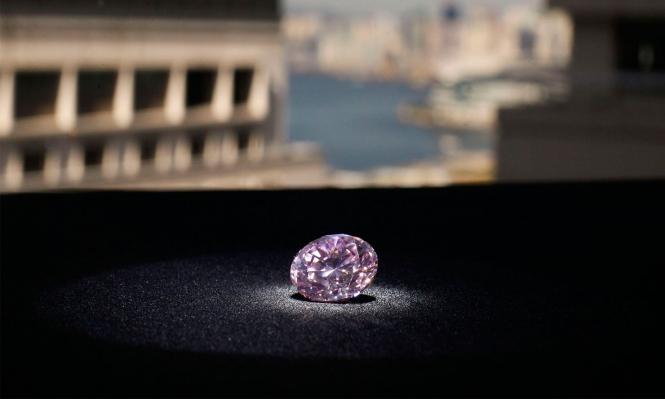 """""""الماسة الوردية"""" في مزاد للبيع بـ60 مليون دولار"""
