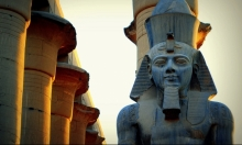 اكتشاف تمثال زوجة الملك أمنحتب الثالث بالأقصر