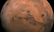 اكتشاف يقلب الموازين... تسونامي على المريخ!