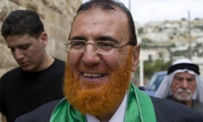 بعد قضائه 17 شهرًا بسجون الاحتلال.الإفراج عن النائب أبو طير