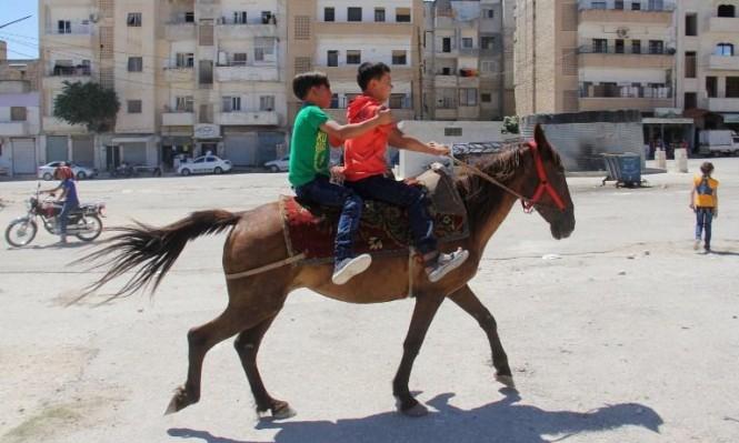هامش من الفرحة - مدينة إدلب السورية (أ ف ب)