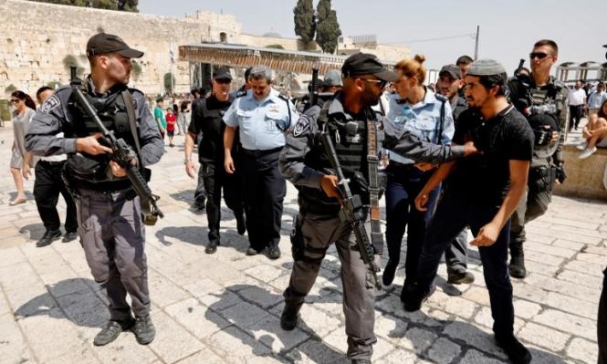 الاحتلال يسرق وثائق الأوقاف وبيانات أملاكه بالقدس