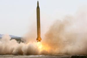 واشنطن تشتبه بأن شركات صينية تساعد إيران صاروخيا ونوويا