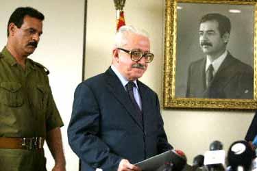 محكمة عراقية تصدر حكما بإعدام طارق عزيز..