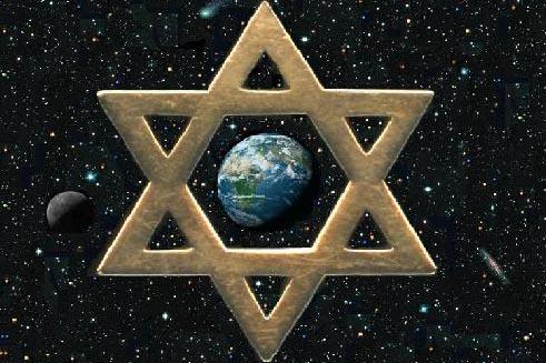 """""""هتلر كان أداة بيد الصهيونية العالمية لإقناع اليهود بترك أوروبا"""".."""