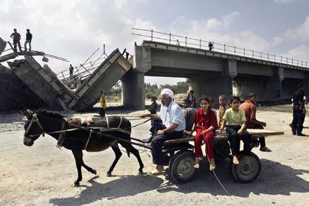 وزير إسرائيلي يقترح بناء جزيرة صناعية قبالة ساحل غزة