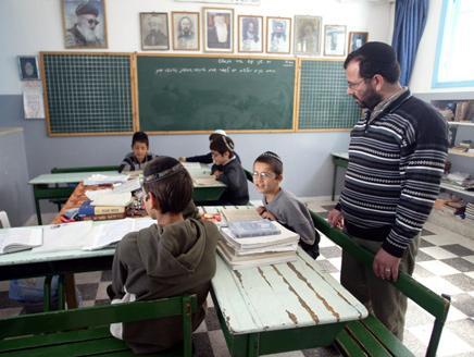 يهود تونس: شاركنا في الثورة، ونستنكر دعوات إسرائيل لنا بالهجرة إليها