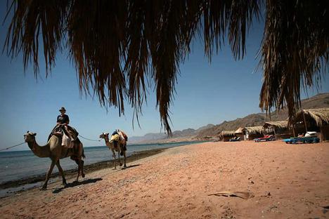 تحذير للإسرائيلين من السفر إلى سيناء
