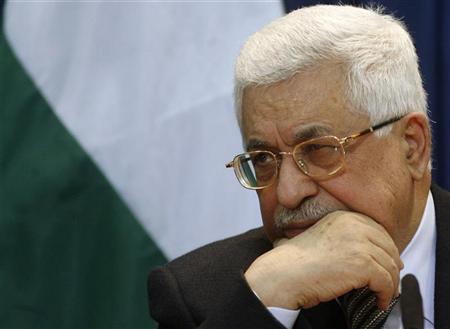 """عباس في القاهرة لبحث """"عملية السلام"""" وملف المصالحة الفلسطينية"""