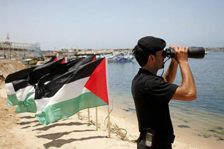 نتنياهو يدرس إمكانية السماح لأسطول الحرية 2 بالوصول لغزة (فيديو)