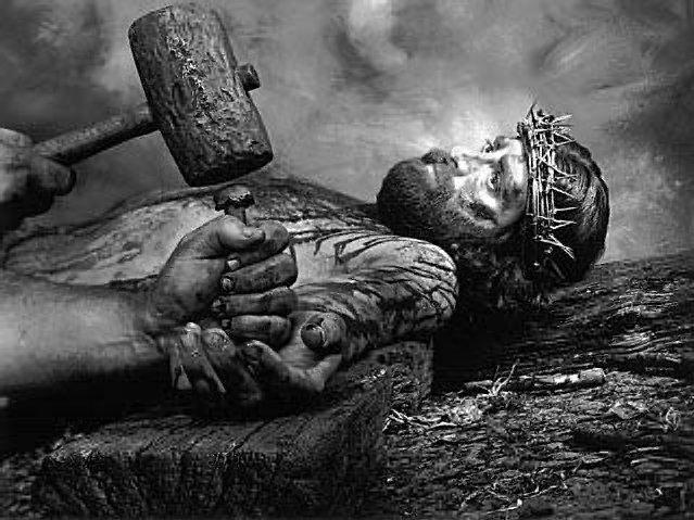 باحث اسرائيلي: المسامير التي صلب بها المسيح في جامعة تل أبيب