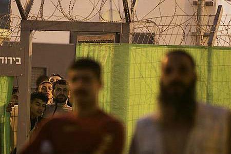 اعتقال 4 محامين من عرب 48 بتهمة نقل معلومات من وإلى أسرى الجهاد الإسلامي