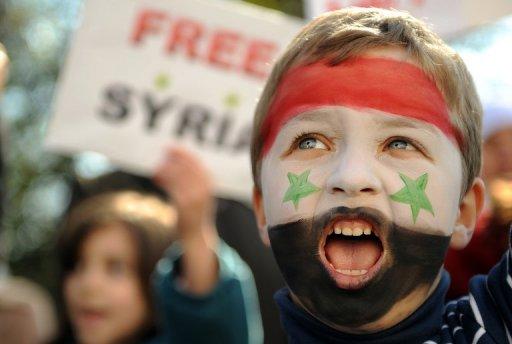 جمعة التحدي في سوريا: قتلى وجرحى خلال مظاهرات الاحتجاج، والدبابات تحاصر المدن الكبرى