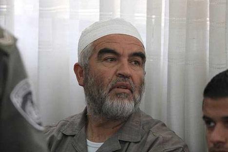 اعتقال الشيخ رائد صلاح في لندن تمهيدا لإبعاده