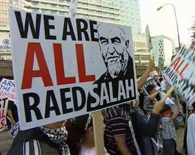 لندن: ترحيل الشيخ رائد صلاح من مقر احتجازه إلى السجن