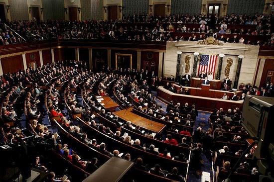 الشيوخ الأمريكي يرفض اقتراحا للجمهوريين برفع سقف الديون