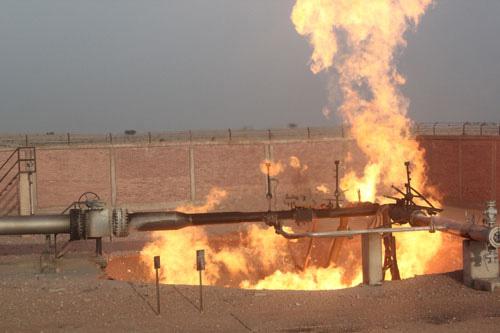 تفجير محطة تبريد الغاز المصري المصدر لإسرائيل