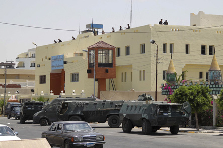 أمني إسرائيلي: دخول الجيش المصري سيناء بالتنسيق مع أجهزة الأمن الإسرائيلية