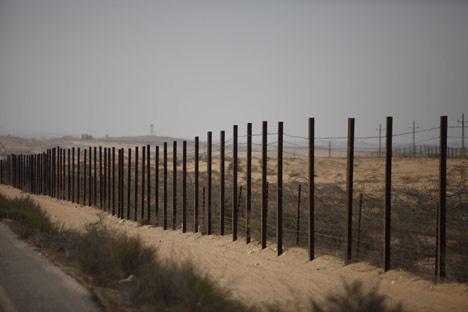 باراك: من المتوقع أن توافق الحكومة على إدخال آلاف الجنود المصريين إلى سيناء