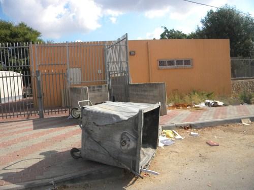 """بعد عدم تنفيذ البلدية وعودها: إضراب مفتوح في المدرسة الابتدائية """"هـ"""" في شفاعمرو"""