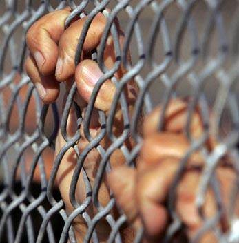 الأسرى للدراسات: حالة الأسرى المضربين عن الطعام في خطر شديد