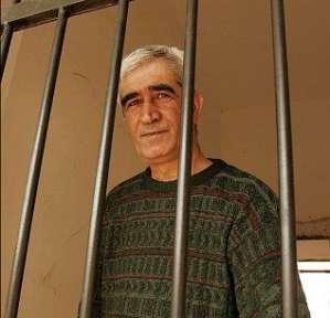 قراقع : نقل سعدات لمستشفى الرملة واستمراره في الاضراب عن الطعام