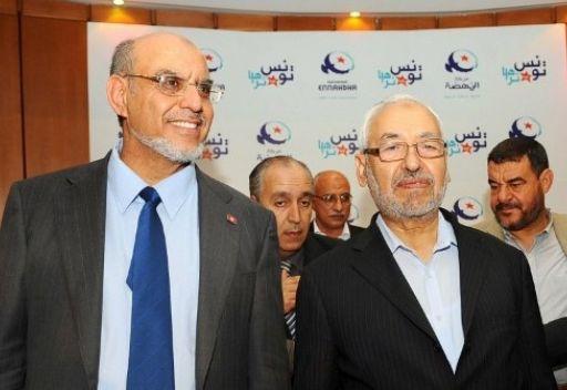 تونس: تواصُل المشاورات بين الأحزاب السياسية ... وعودة الهدوء إلى سيدي بوزيد