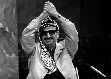 أمس واليوم: ياسر عرفات- حضور الغياب/ أنطـوان شلحـت