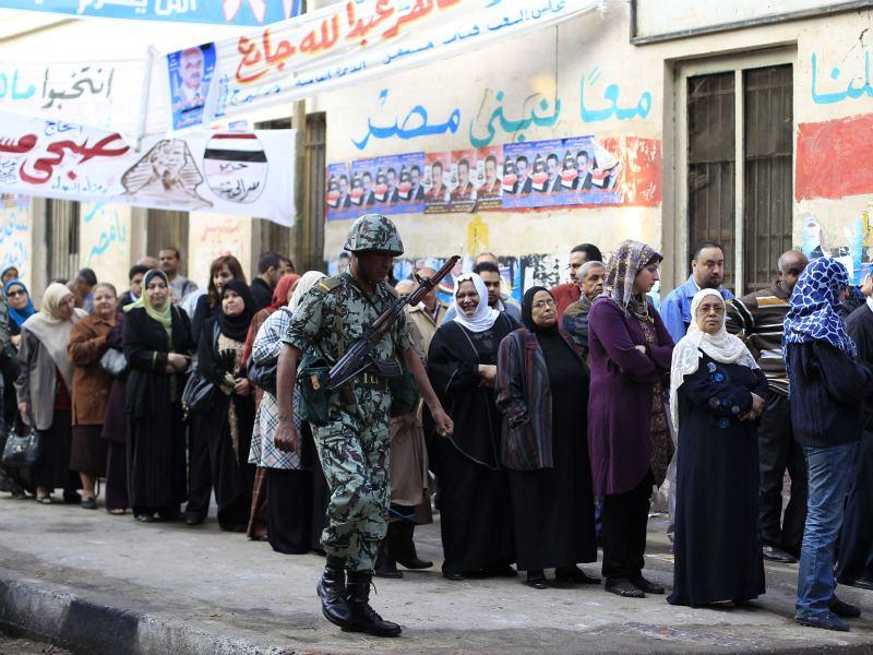 """أول انتخابات بعد الثورة..منافسة شرسة بين الكتلة و""""الحرية والعدالة"""""""