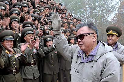 وفاة زعيم كورية الشمالية كيم جونغ إيل