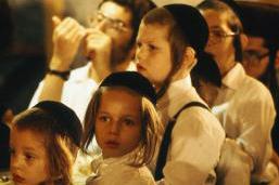 بحث اكاديمي: ارتفاع في نسبة المتدينين والحريديم اليهود في اسرائيل