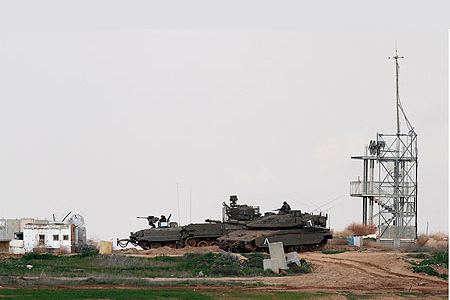 قطاع غزة: سقوط قذيفة مدفعية على منزل في الشجاعية شرق غزة