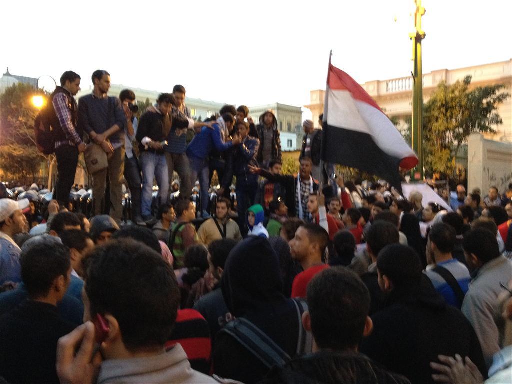 إحنا الطلبة مع الثوار.. ضد العسكر ليل ونهار
