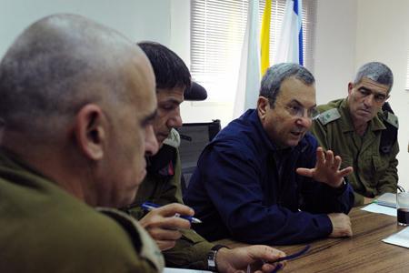 باراك: الوضع الأمني في سيناء يلزم إسرائيل بنوع آخر من المواجهة