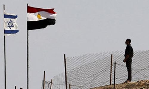 """""""هارتس"""": اسرائيل بعثت تهديدا لمصر بالعمل داخل سيناء"""