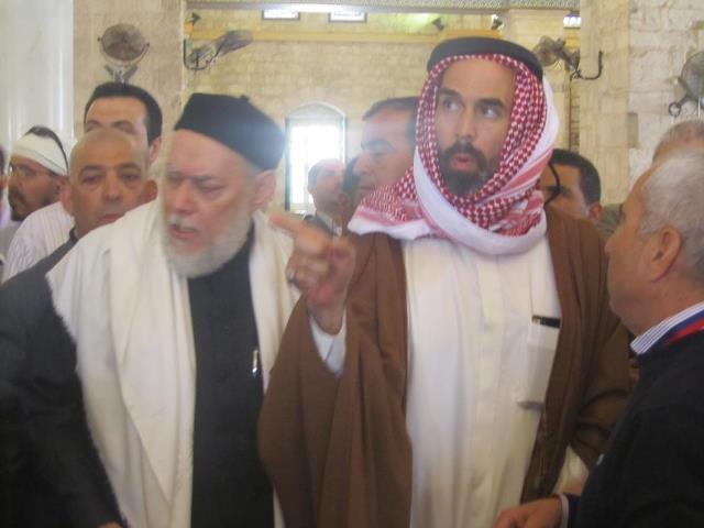 رجال دين يطالبون باقالة مفتي مصر عقب زيارته  للمسجد الاقصى في القدس المحتلة