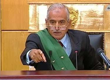 قاضي محكمة مبارك يستعد للهجرة من مصر