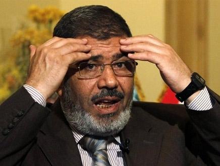 الغنوشي في القاهرة لاقناع الاخوان بقبول تقاسم السلطة مع العلمانيين