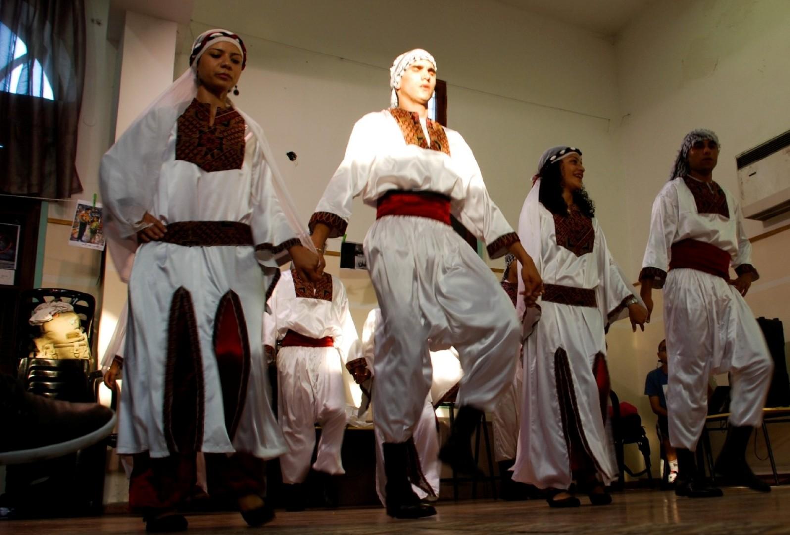 """يافا تعيش """"يومها الفلسطيني"""" بالثقافة والأدب والفنون"""