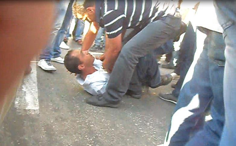 أمن السلطة الفلسطينية يقمع بالقوة مسيرة سلمية في رام الله