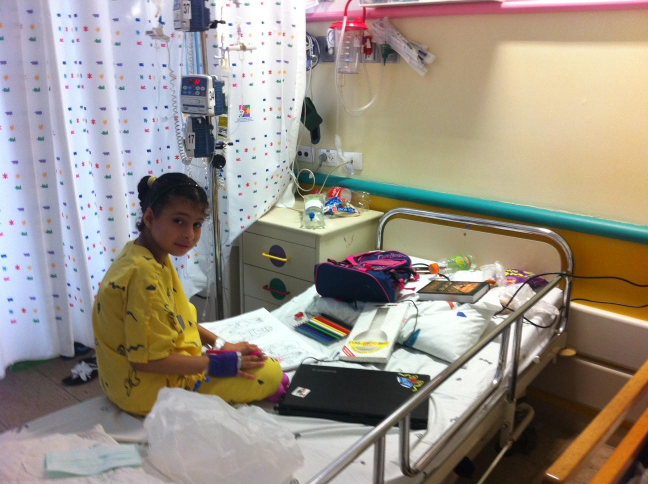 مرضى السرطان من جانبي الخط الأخضر: أطفال يتحدون الموت بعنادهم وأهل يفتقدون للأطر الداعمة