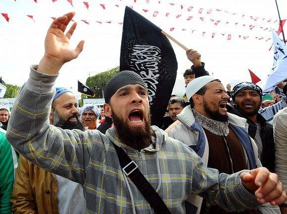 سلفيون يهاجمون مسيرة نصرة القدس في مدينة قابس التونسية