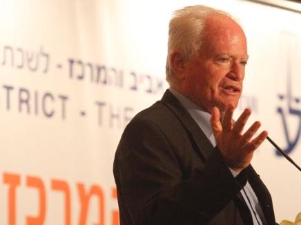 عاموس جلعاد: انهيار السلطة الفلسطينية سيقود الى انهيار اتفاقية السلام مع الأردن أيضا